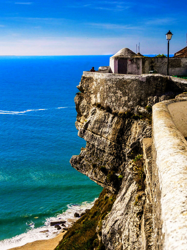 Nice hang out spot.... Nazare, Portugal