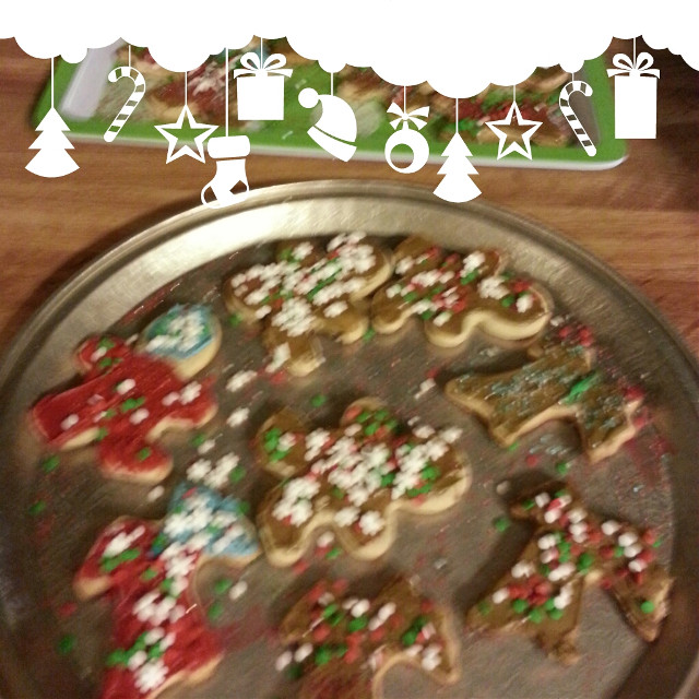 how my kids decorate Christmas cookies ;-)