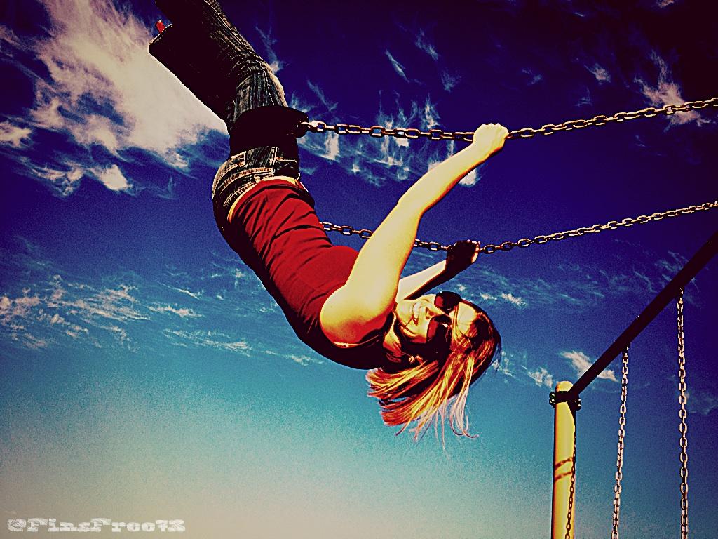 Swinging date